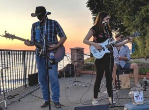 Live music at the Winery - Paper Moon