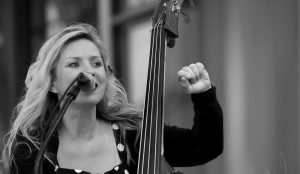 MUSIC MONDAYS ON BAINBRIDGE